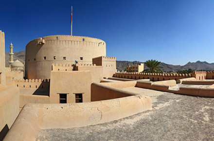 NIZWA, BAHLA AND JABREEN CASTLE ONE DAY TOUR